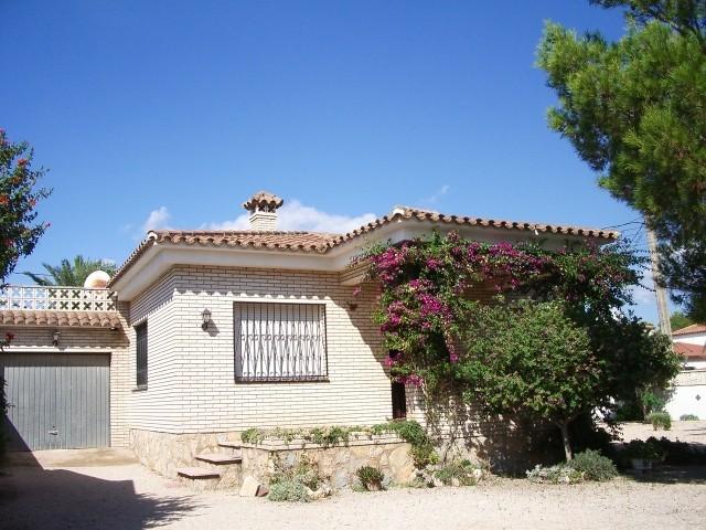 Bonita casa individual en el pueblo miami playa - Casas en pueblos ...